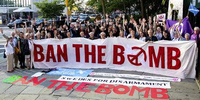 foto Ban the Bomb