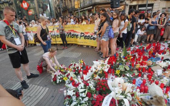 Foto herdenking slachtoffers aanslag