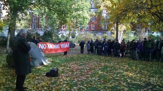 foto alternatieve herdenking oorlogsslachtoffers